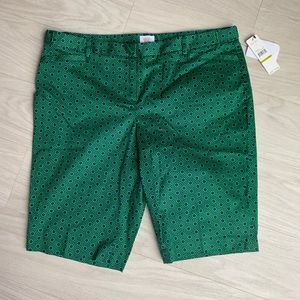 Laundry by Shelly Segal green Bermuda's  Size 14